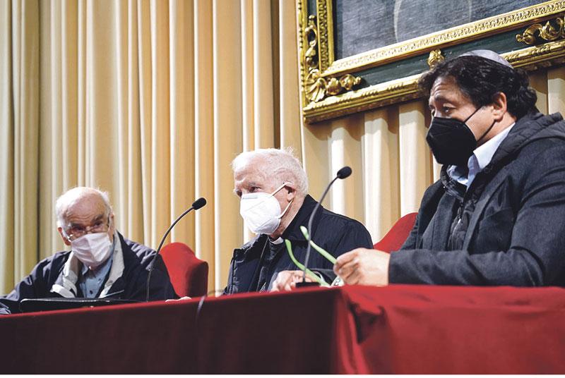 Card. Cañizares: «La Ley de la eutanasia está en contra de la paz y rompe la concordia»  En un encuentro interreligioso en Valencia
