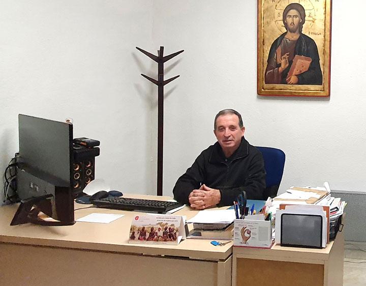 Asesoría jurídica gratis para familias sin recursos por la covid < El servicio lo ha puesto en marcha la parroquia Santísima Cruz de Alaquàs