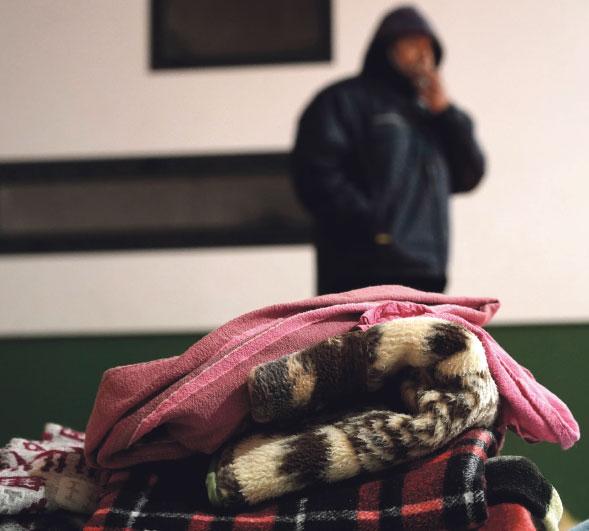 La pobreza también se mide en vatios  Ayudando a pagar la luz en Valencia'