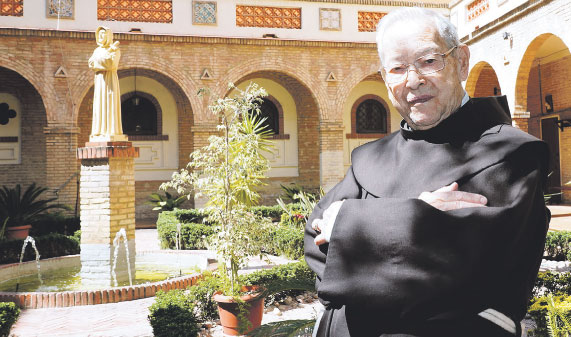 Adiós al P. Benjamín Agulló, de 90 años, franciscano y académico de la RACV Incansable promotor de causas de canonización en la diócesis