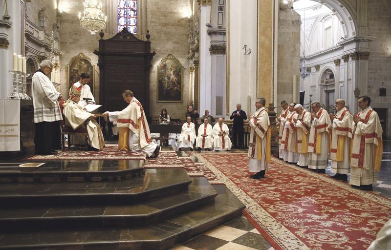 Diáconos permanentes: hombres casados de refuerzo ante la carencia de sacerdotes En la diócesis de Valencia hay en la actualidad 30 diáconos permanentes y 19 aspirantes