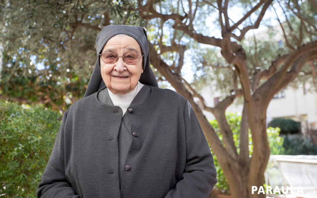 «Profesé con 14 años, tengo 89 y sigo muy feliz dando catequesis» Bodas de diamante de la valenciana Amparo Alba en las Hnas. de la Doctrina Cristiana