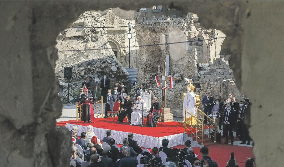 Francisco, audaz peregrino de esperanza frente al terror en la tierra mártir de Irak Histórica visita del Papa a los escenarios de martirio y persecución de los cristianos