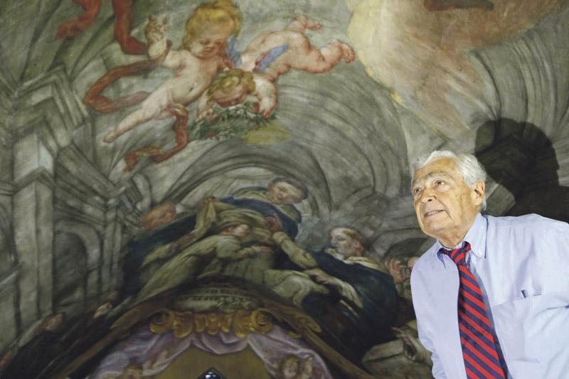 Devolvió el esplendor a la Capilla Sixtina e 'inventó' la 'Sixtina valenciana' Muere a los 92 años Gianluigi Colalucci quien, tras restaurar la obra cumbre de Miguel Ángel,  participó en Valencia en la recuperación de los frescos de la Basílica de la Virgen, Santos Juanes y de San Nicolás