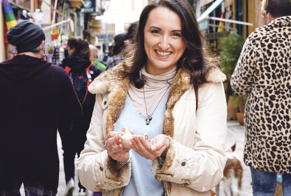 «Estoy enamorada de Jesús y hasta las trancas» Este sábado 1 de mayo, la valenciana Inés Milián, de 36 años, se consagrará en el Orden de las Vírgenes en una ceremonia que tendrá lugar en la Basílica del Sagrado Corazón de Jesús, de Valencia