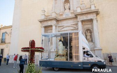 Porque Madre nuestra es La imagen peregrina de la Virgen de los Desamparados recorre más de 80 poblaciones próximas a Valencia en los días previos a su festividad