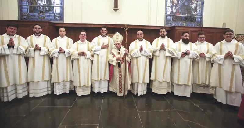 Once nuevos obreros para la mies del Señor en Valencia La Catedral de Valencia acogerá la ordenación sacerdotal de once diáconos