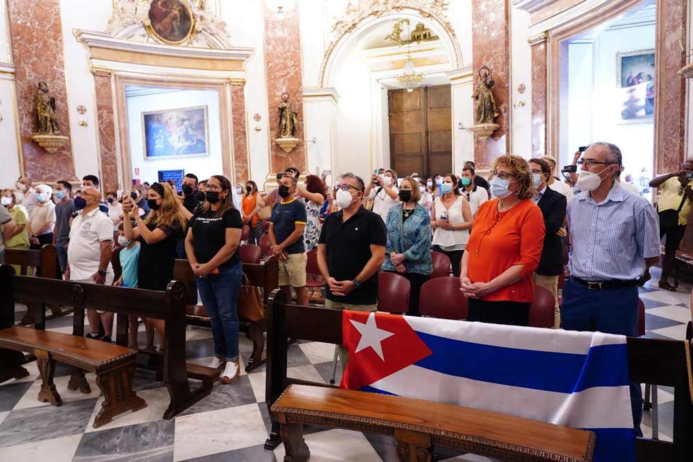 Oraciones desde Valencia El Arzobispo preside una misa por Cuba