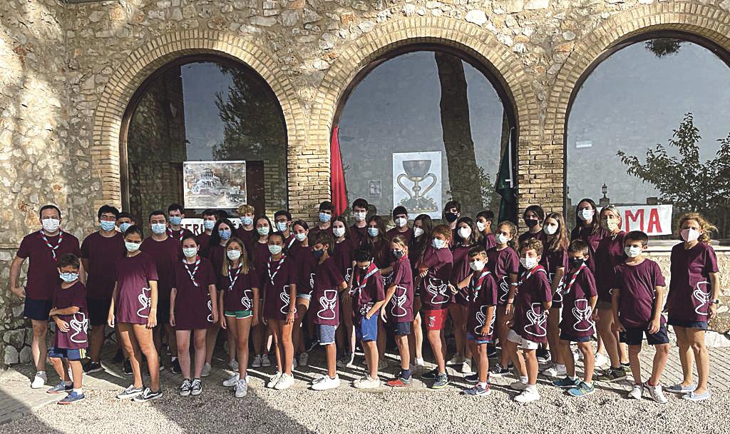 Dedican un campamento de verano al Santo Cáliz y el origen de la Eucaristía Organizado por la parroquia Los Mártires Valencianos, tuvo lugar en el albergue Les Alcusses, de la localidad de Moixent