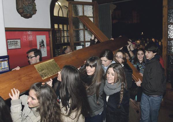 Llegan a Valencia los símbolos de la JMJ 2023 Procedentes de Barcelona,  permanecerán en la diócesis los días 5 y 6 de octubre