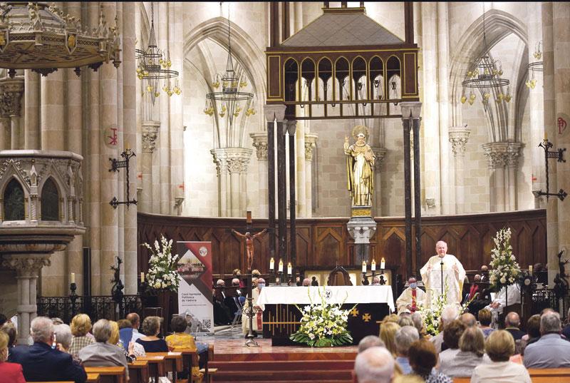 """""""El Señor hizo que este lugar fuera santo con su presencia"""" Mons. Salinas, en el centenario de la consagración de la Basílica de San Vicente Ferrer de Valencia"""