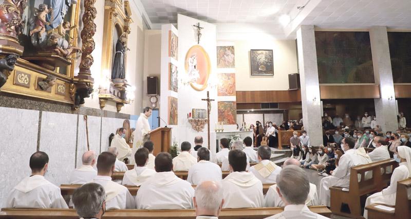 Nace una parroquia personal al servicio de 250.000 universitarios valencianos y miles de profesores El Arzobispo agradece vivamente la generosidad de los Capuchinos al ceder su iglesia en Cirilo Amorós